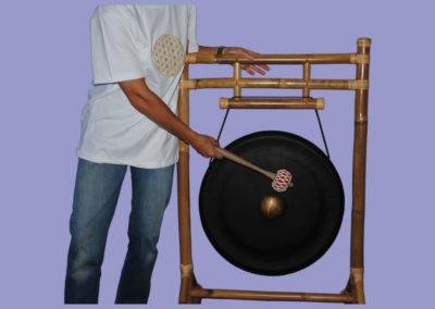 bali-gong-mit-bambusgestell-u-knoeppelgestell-ca-1500mm-gong-600mm
