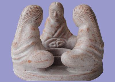 frauenfreundeskreis-sitzend-3-er-170mm-keramik-weiss