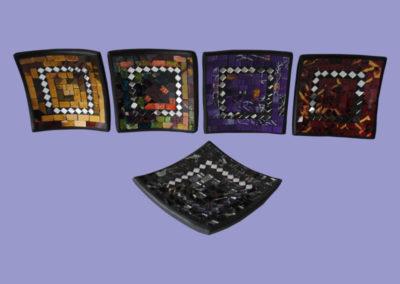 glasmosaikschalen-eckig-20x20cm-rot-gold-violett-grau-multicolor
