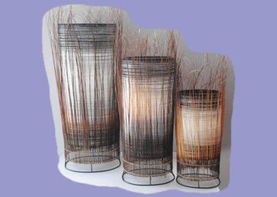 lampe-larisa-3-er-set-455570-cm-weiss-dunkelbraun-mit-binsenstaeben-umrandet
