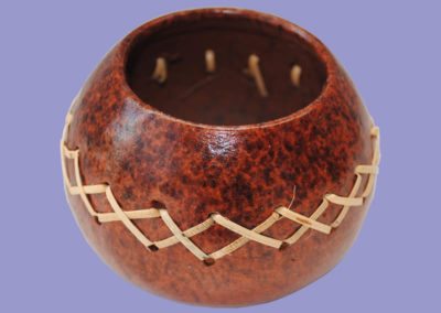 raeuchergefaess-mit-rattan-geflochten-100mm-keramik-braun