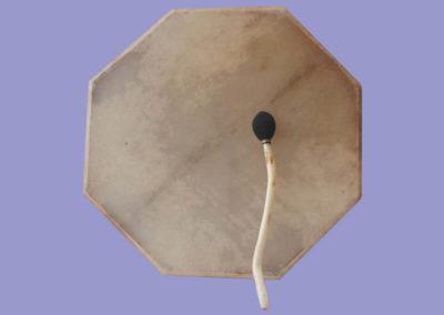schamanen-rahmentrommel-6-eckig-600mm-mit-wasserbueffelfell